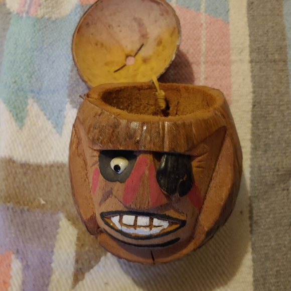 """Tiki 8"""" COCONUT Carved Pirate Head with patch"""